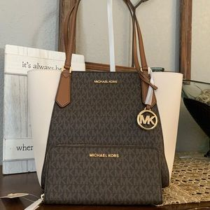 New MK set♥️ medium tote & wallet
